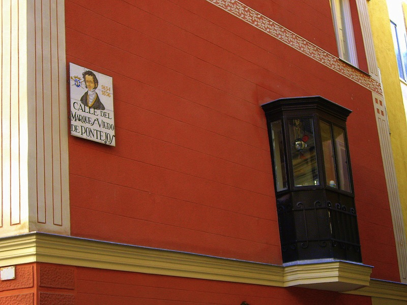 Ventanas voladas arte en madrid - Balcones cerrados ...